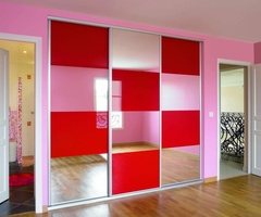 Sliding doors Damier lacquered glass Red and miror